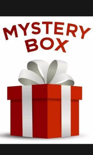 Mystery box barang preloved