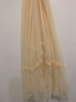 Broken white tutu laces