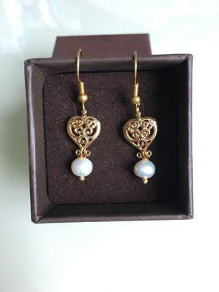 Gold heart and real pearl earrings