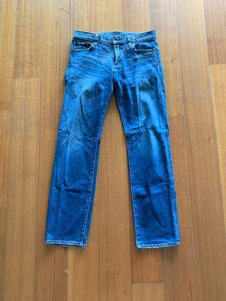 Men Uniqlo denim jeans size 33