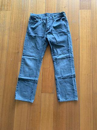 Men Levi denim jeans W33 L34