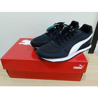 轉賣全新正版puma女鞋運動鞋慢跑鞋休閒鞋