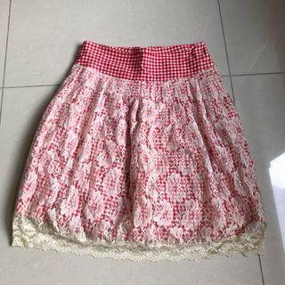 紅白條紋蕾絲裙