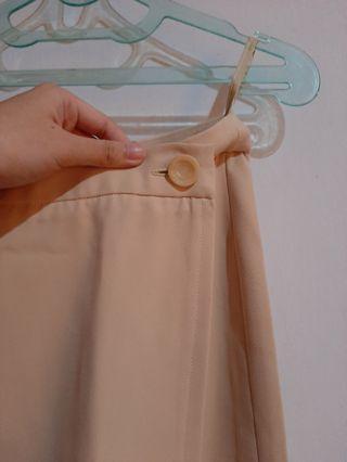 [Baju Kerja] Pastel Skirt / Rok Cream