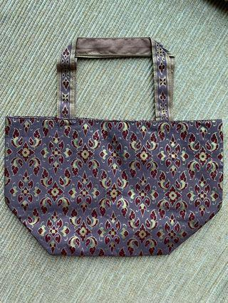 Free Brand new small tote bag