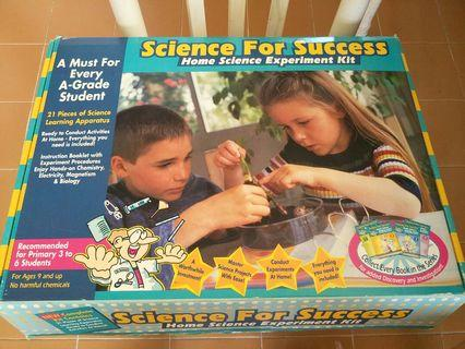 Science experiment kit with two free books