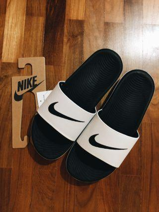 🚚 Nike Kawa Slides