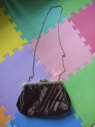 Clutch tas cantik untuk kondangan