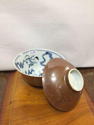 民国紫金釉青花金鱼纹盖杯D11cm