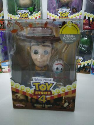 Toy Story 4 - Woody n Forky