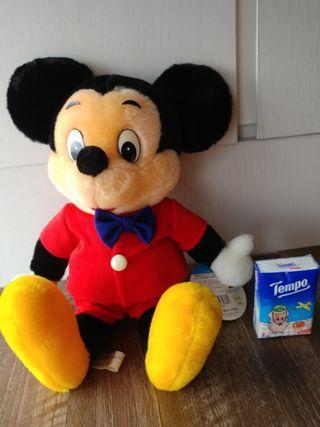 Disney Mickey mouse 公仔