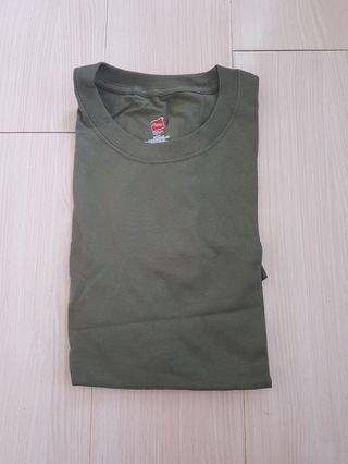 全新 Hanes Army Green Tee L size