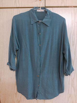 藍綠色襯衫