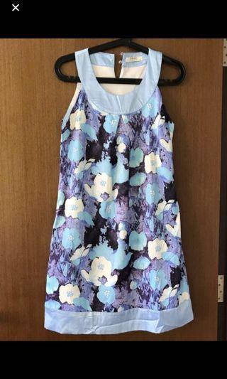 🛍 Fond blue and purple Floral Dress