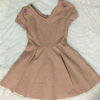 Lily Brown Dress #LalamoveCaraousell
