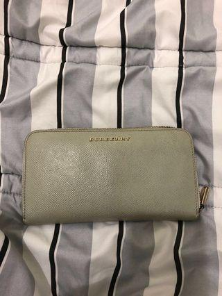 🚚 Burberry wallet