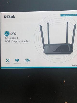 D-Link AC1200 WiFi Gibabit Router
