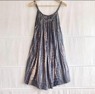 🚚 Beach dress in grey