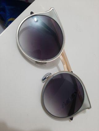Sun glass VNC