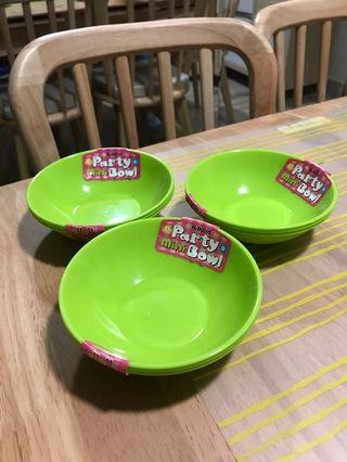 Plastic plates and bowls