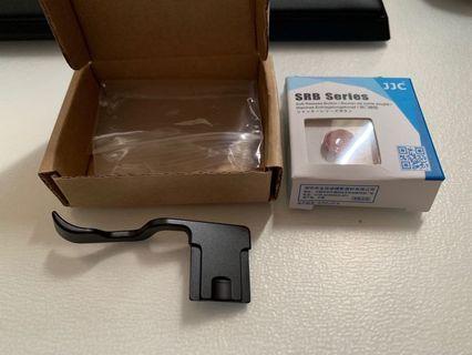 Fujifilm XT2 XT3 hotshoe thumb grip & JJC red soft shutter release button