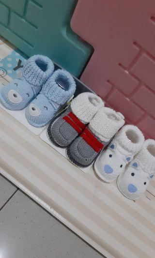 Take all Baby booties 0 - 3 bulan NEW