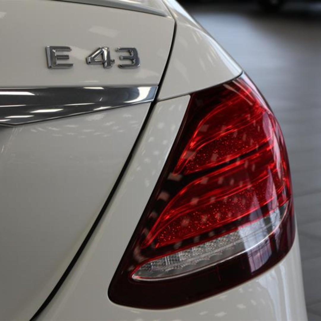 2017年 BENZ E43 AMG