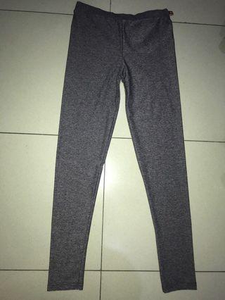 Celana Legging Panjang Abu2 Tua