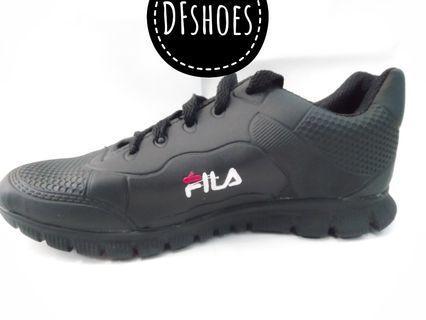 Sepatu wanita sneakers