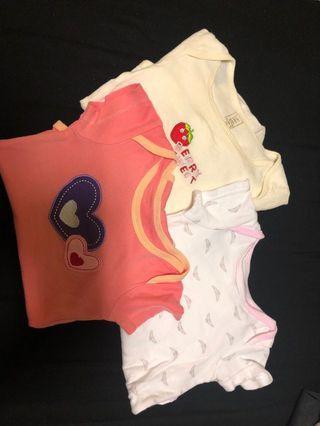 🚚 baby onesies