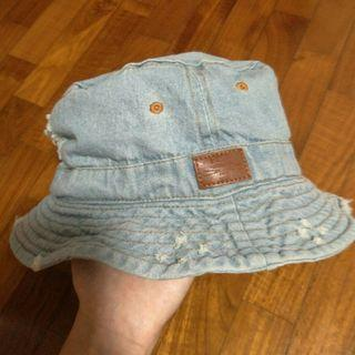 FREE NM ripped denim bucket hat