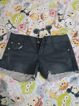 Hotpants jeans celana pendek