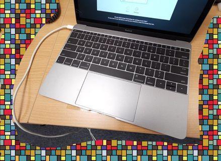 "Macbook 12"" Early 2015 Grey"
