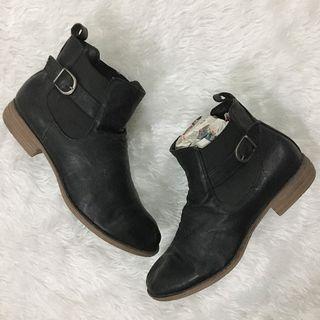 Black Low Heel Combat Boots
