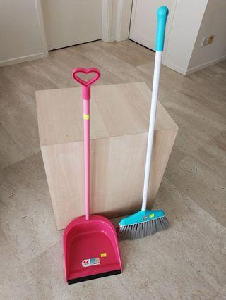 🚚 Cleaning sweeping kit