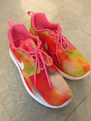 Nike Shoes/ Sneakers 波鞋