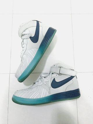 Nike AF1 高筒籃球波鞋 EU40