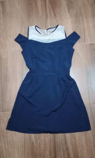 Dress pendek navy