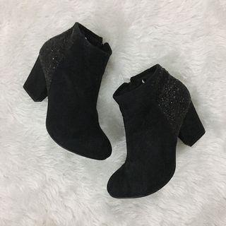 Black Glittery Boots