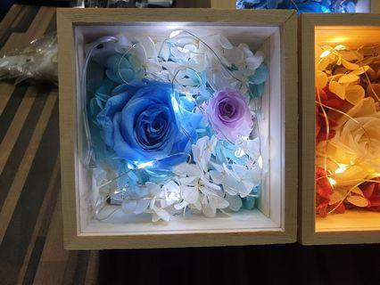 Preserved flowers in box