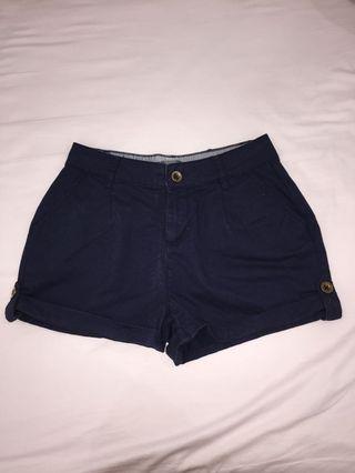 navy blue shorts / camel shorts