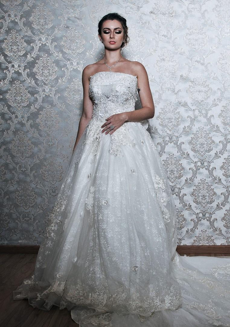 $300 Wedding gown long train ribbon back