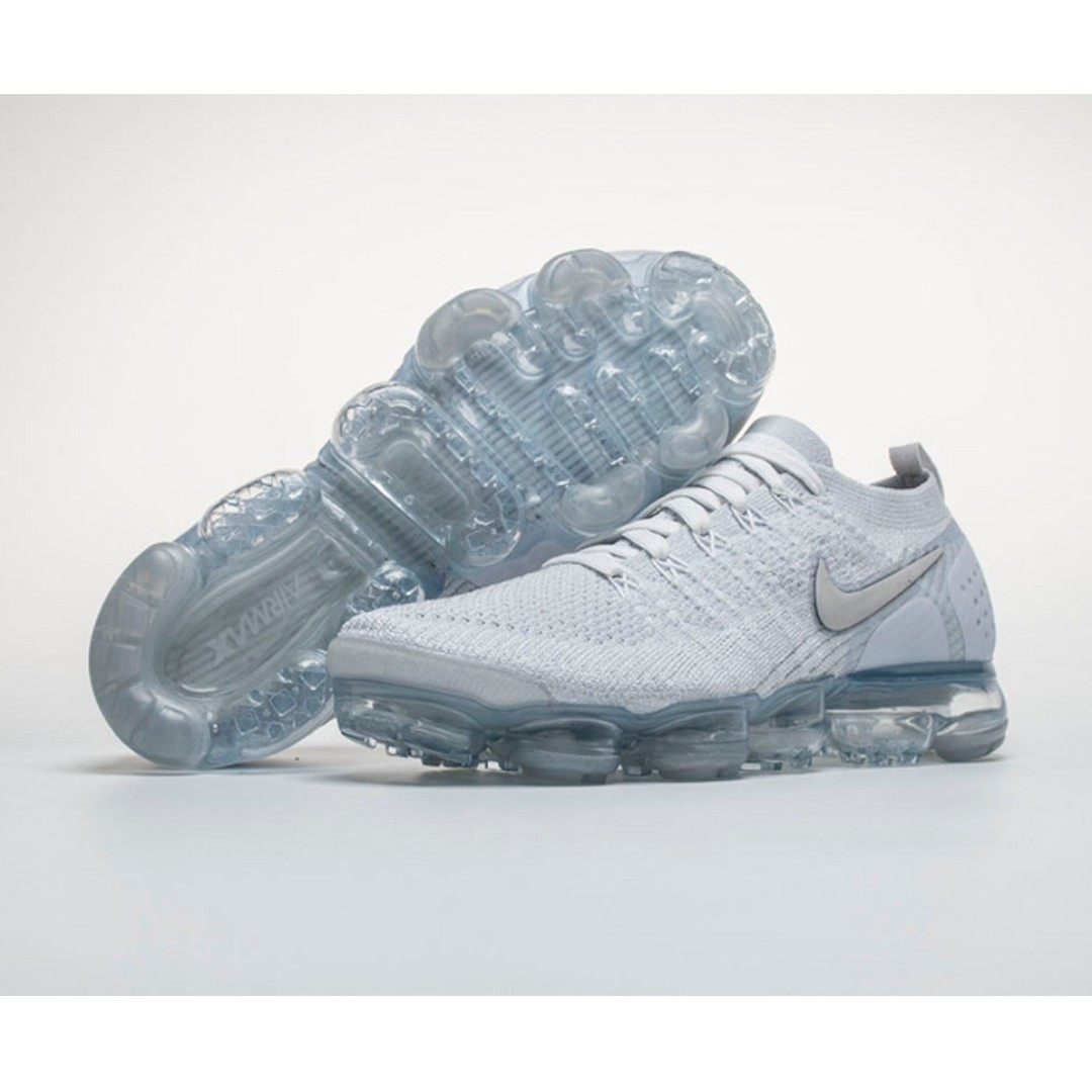 brand new e57e4 0fa8a Air VaporMax Flyknit 2 'White Vast Grey'