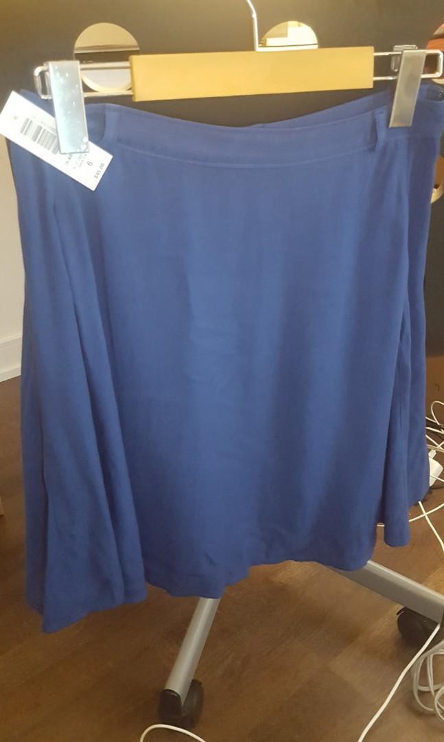 Aritzia Talula Brand New with Tag Olas Skirt Size 6 Blue