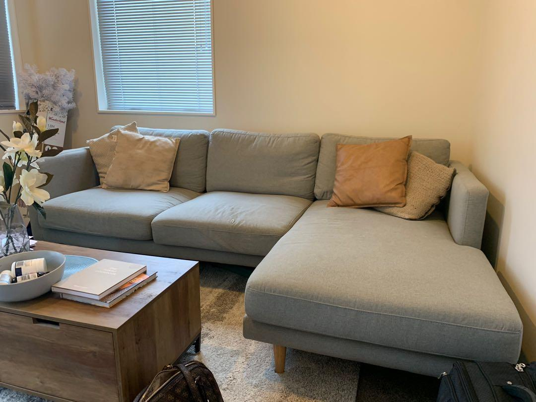 L shaped couch - Grey