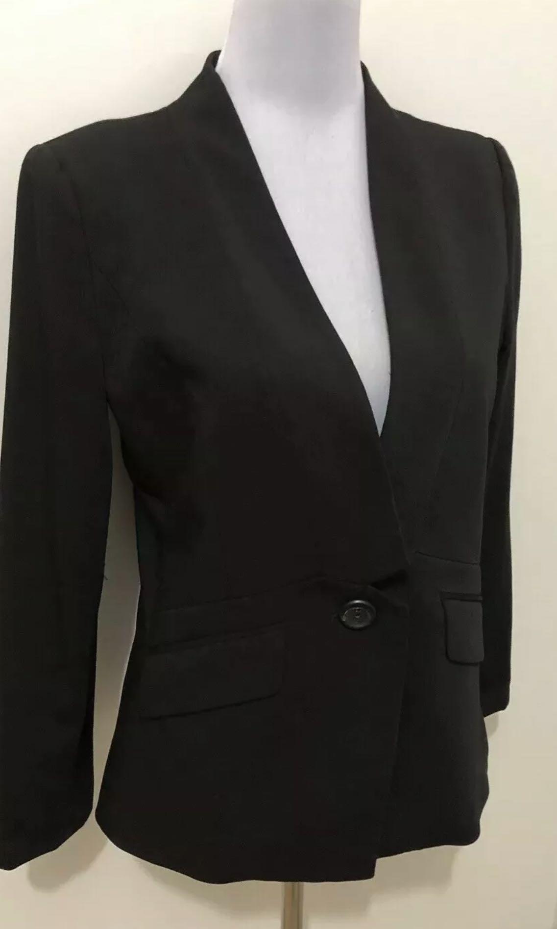 Ladies VERONIKA MAINE Black Lined Stretch Blazer.  Size 8. EUC