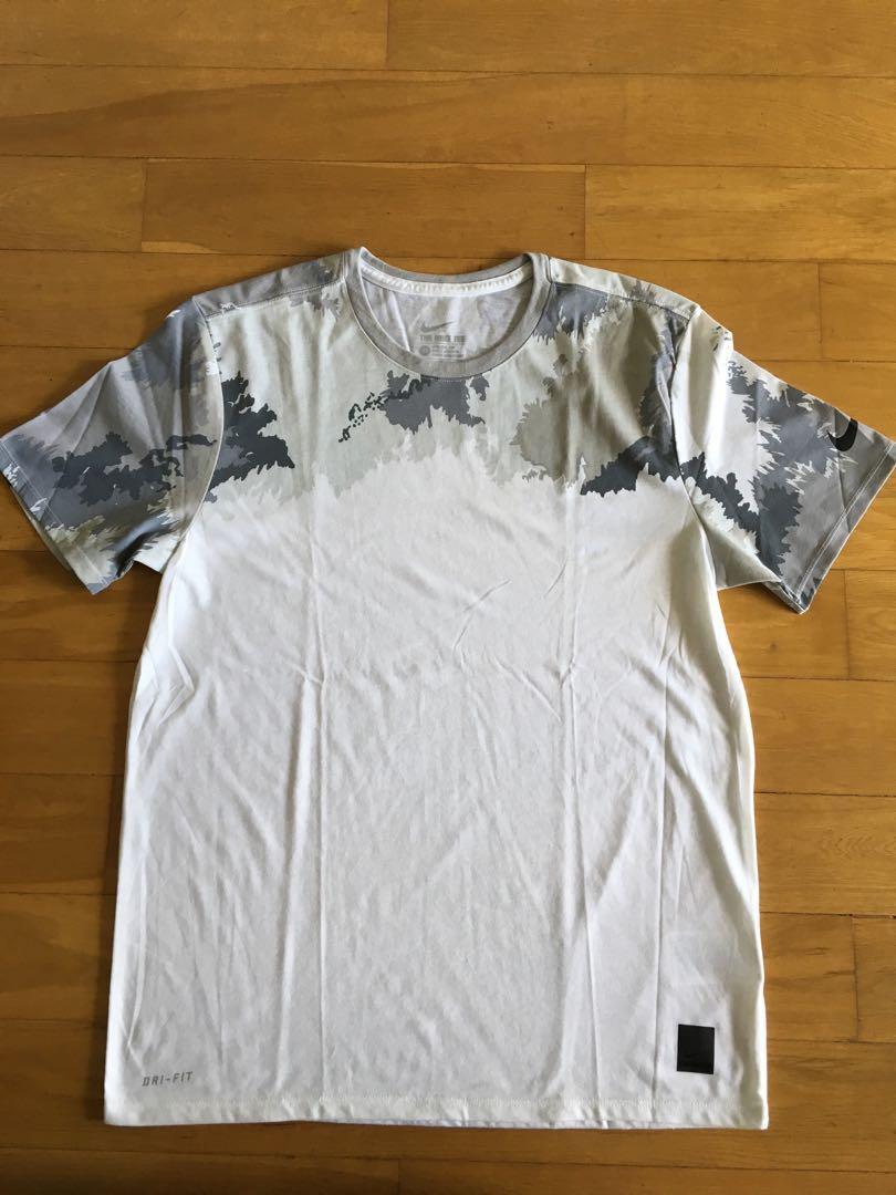 Brand New Nike Tee Shirt (Original)