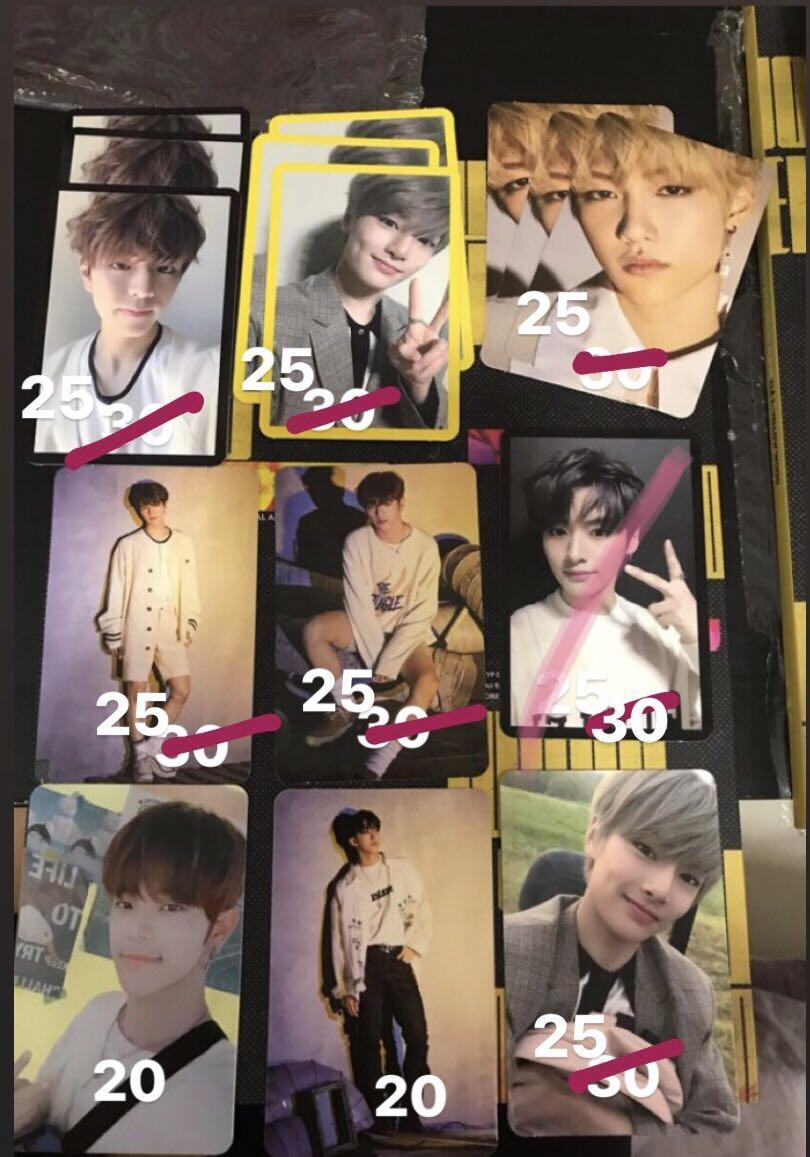 [Price reduced] Stray Kids Yellow Wood Official Photocard