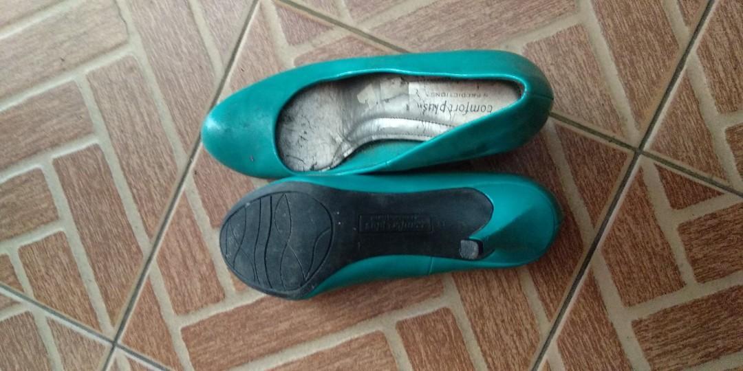 Sepatu hak tinggi murah