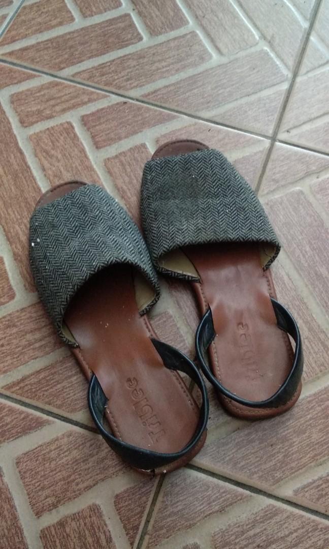 Sepatu sendal cewek murah